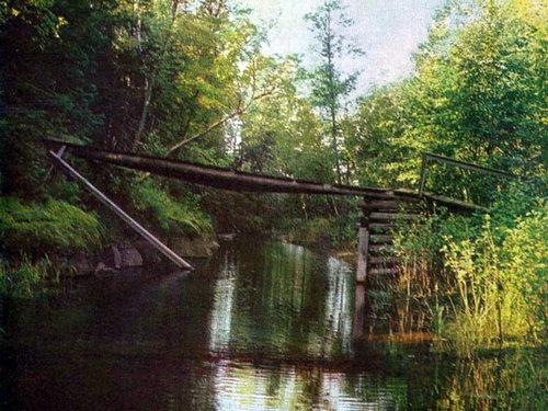 Старый мостик через канал
