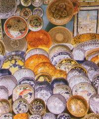 Любая из этих керамических тарелок украсит стены Вашего дома